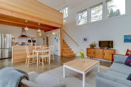 Alberta Abode -  Vacation Rental - Photo 1