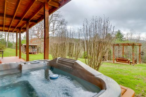 Rich Mountain Lodge -  Vacation Rental - Photo 1