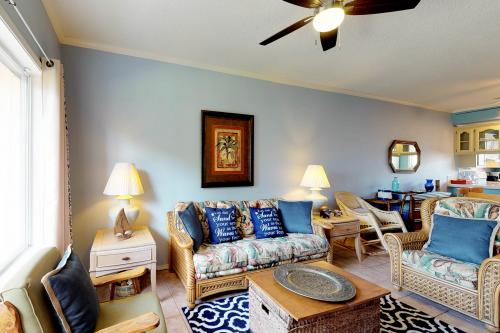 Dolphin #16 - South Padre Island, TX Vacation Rental