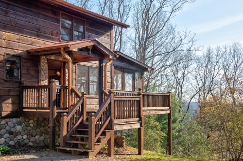 Jacob's Ridge Hideaway - Blue Ridge, GA Vacation Rental