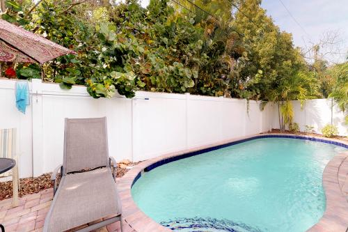 Key Lime Cottage West -  Vacation Rental - Photo 1