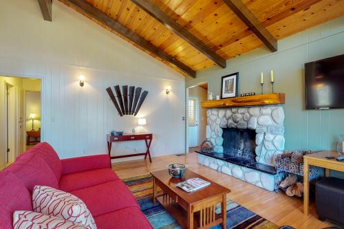 Sunset Lodge - Idyllwild, CA Vacation Rental