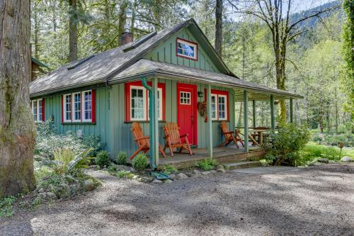 The Cozy Cabin - Welches, OR Vacation Rental