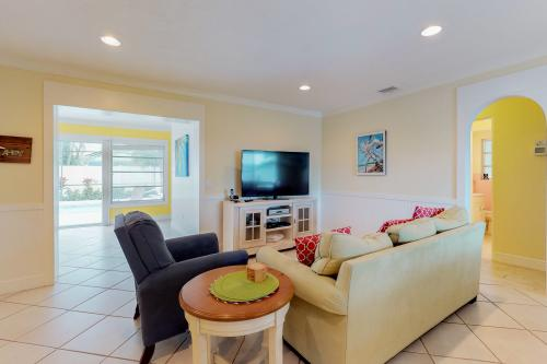 Blue Manatee Retreat -  Vacation Rental - Photo 1