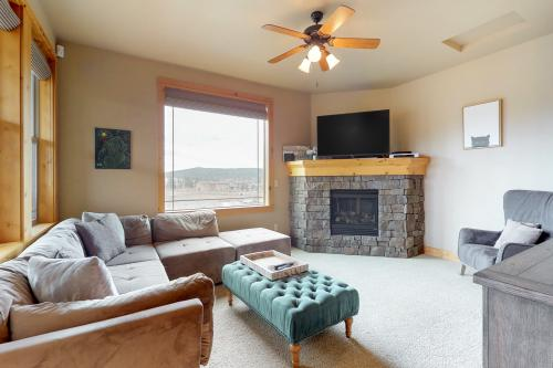 Three Giraffes - Bend, OR Vacation Rental