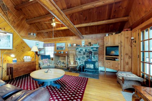 Stony Cove Lodge - Greenville, ME Vacation Rental