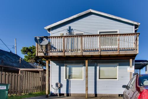 The Mariner - Rockaway Beach Vacation Rental