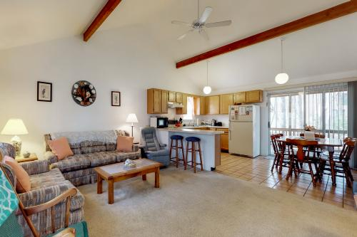 Sea Star -  Vacation Rental - Photo 1