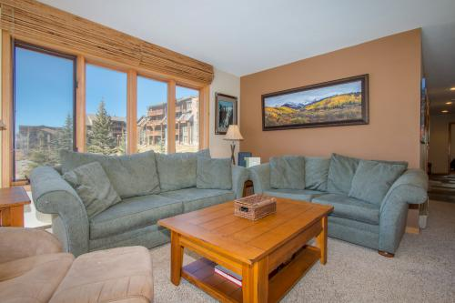 Ski Run Condominiums 404 -  Vacation Rental - Photo 1