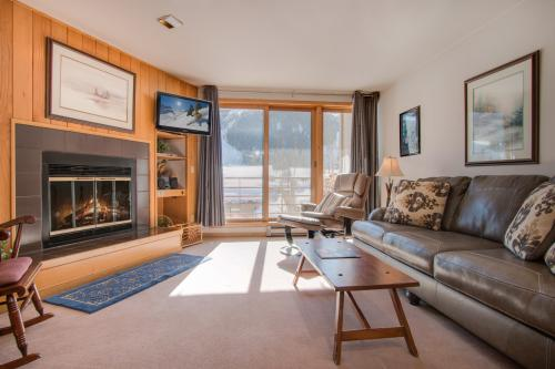 Ski Run Condominiums 203 -  Vacation Rental - Photo 1