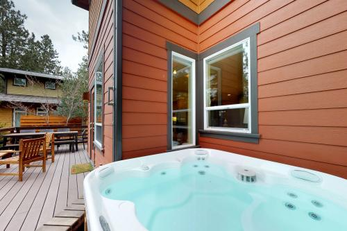 West Side Wonder - Bend, OR Vacation Rental