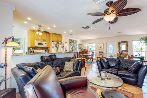 Inlet Circle Hideaway - Venice, FL Vacation Rental