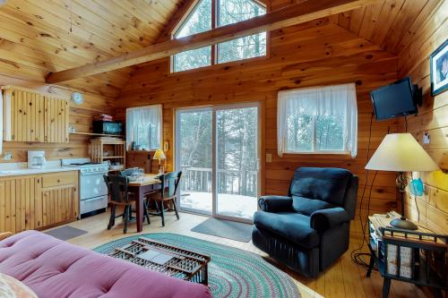 Stony Cove Camp - Greenville, ME Vacation Rental