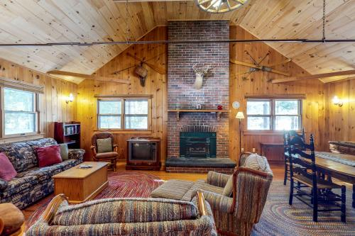 Breakwater Lodge -  Vacation Rental - Photo 1