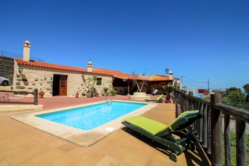 Villa  Rosemont - Vega de San Mateo, Spain Vacation Rental