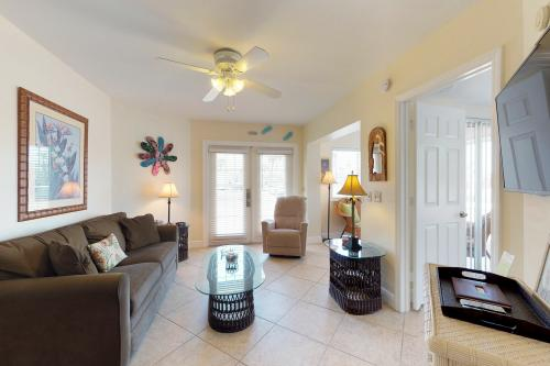 Port of Call -  Vacation Rental - Photo 1