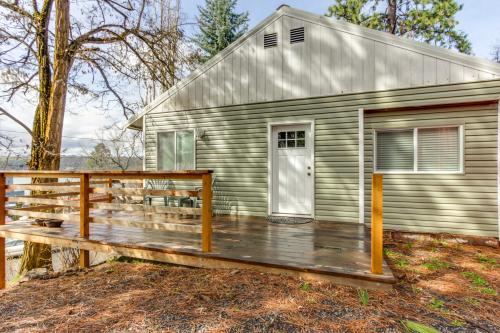 Harrison Getaway -  Vacation Rental - Photo 1
