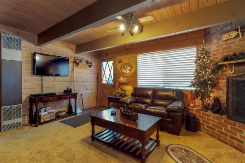 Just Chillin' -  Vacation Rental - Photo 1