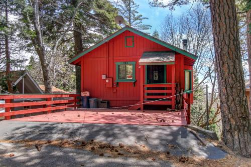 Victoria Court Vacation - Lake Arrowhead, CA Vacation Rental