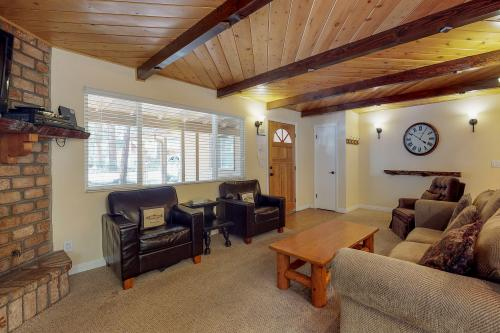 Bear Den Cabin -  Vacation Rental - Photo 1