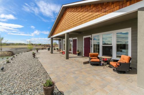 Horse Heaven Hills -  Vacation Rental - Photo 1