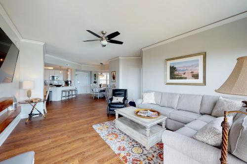 Hampton Place 5206 -  Vacation Rental - Photo 1