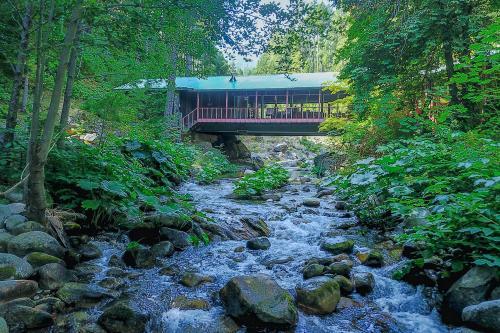 Sierra Bridge House - Downieville, CA Vacation Rental