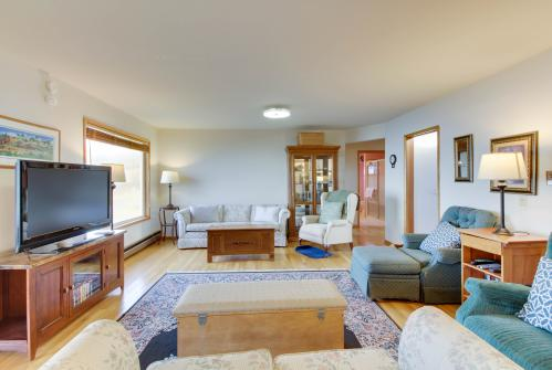 Lopez Island Agate Beach Waterfront Home -  Vacation Rental - Photo 1
