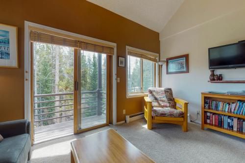 Adventurer's Choice (307) -  Vacation Rental - Photo 1