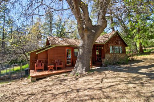 Big Oak Retreat - Idyllwild, CA Vacation Rental