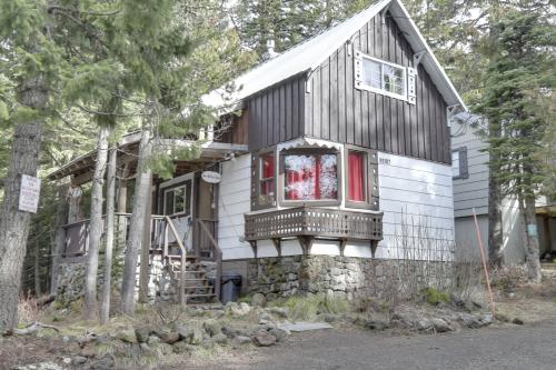 The Wilcox Cabin -  Vacation Rental - Photo 1