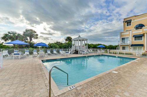 Royal Retreat -  Vacation Rental - Photo 1