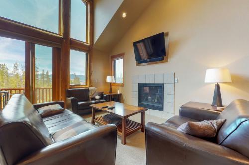 Epworth Vista Retreat - Fraser, CO Vacation Rental