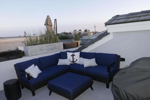 Cape Cod Cottage in Newport Beach -  Vacation Rental - Photo 1