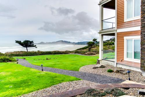 Lighthouse View at Shoreline Ridge - Newport, OR Vacation Rental