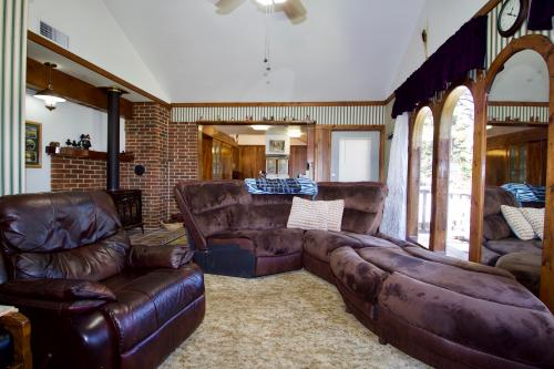 Cascade Comfort -  Vacation Rental - Photo 1