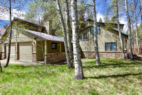 Bristlecone Cabin -  Vacation Rental - Photo 1