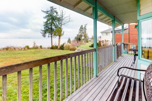 Camano Island Cottage -  Vacation Rental - Photo 1