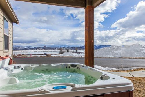 Bear Hollow Home with Private Hot Tub - Park City Vacation Rental