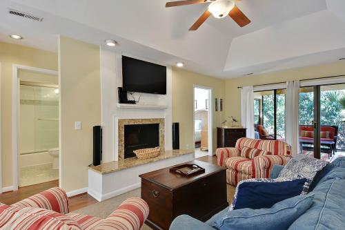 1054 Sparrow Pond Cottage -  Vacation Rental - Photo 1
