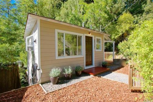 Downtown Cottage in the Woods  - Guerneville, CA Vacation Rental
