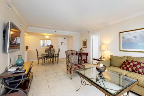 Oceanside Elegance - Miami Beach, FL Vacation Rental
