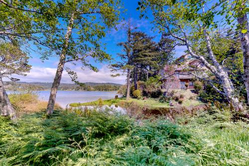 Anchors Away - Port Orford, OR Vacation Rental