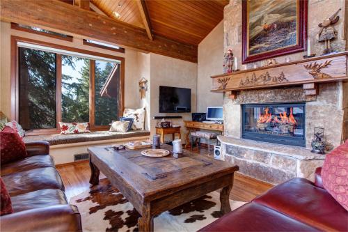 Deer Valley Ridge Estate -  Vacation Rental - Photo 1