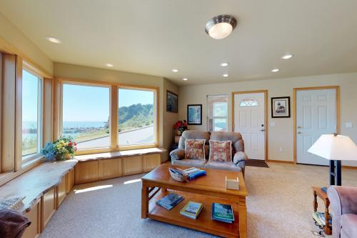 Coast Haven - Port Orford, OR Vacation Rental