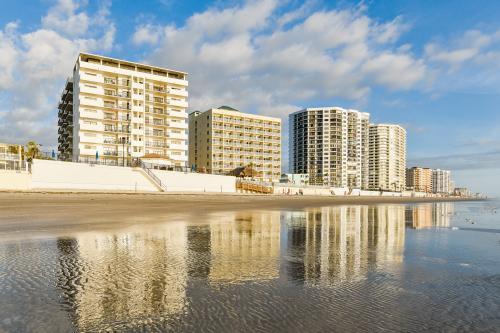 The Seahorse -  Vacation Rental - Photo 1