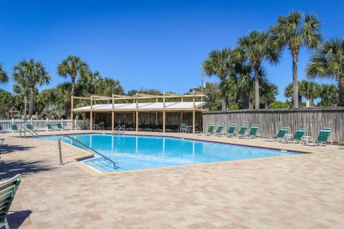Golf Tee Bay -  Vacation Rental - Photo 1