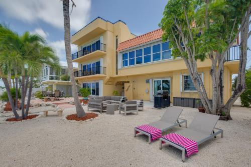 Boot Key Harbor Couples Retreat  -  Vacation Rental - Photo 1
