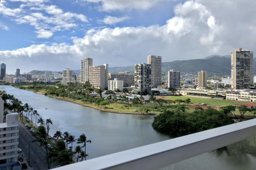 Island Colony 1602 - Honolulu, HI Vacation Rental
