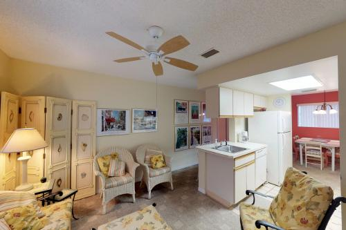 Beach Gallery -  Vacation Rental - Photo 1